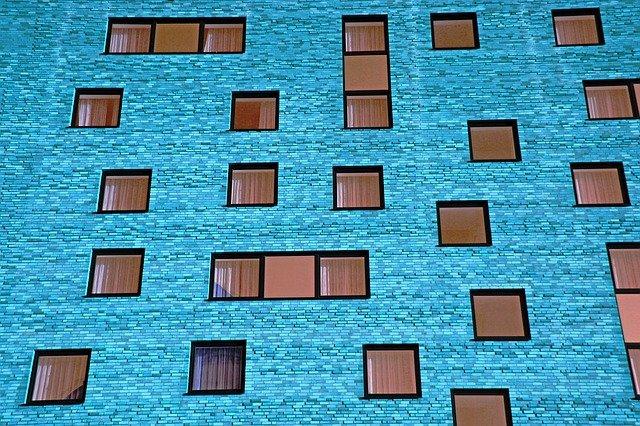 modrá budova