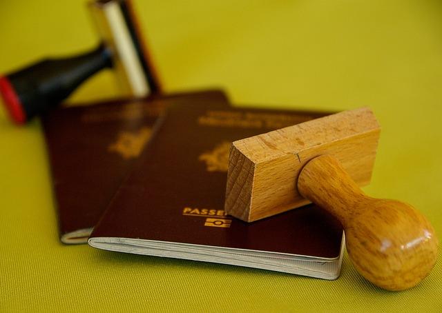 cestovní pasy s razítkem