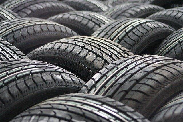 pneumatiky na auto.jpg