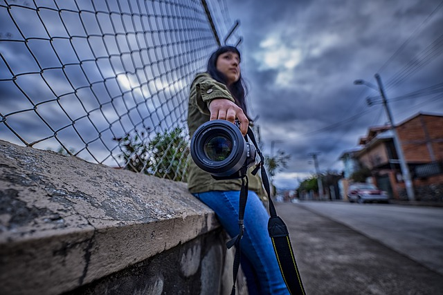 fotící žena.jpg