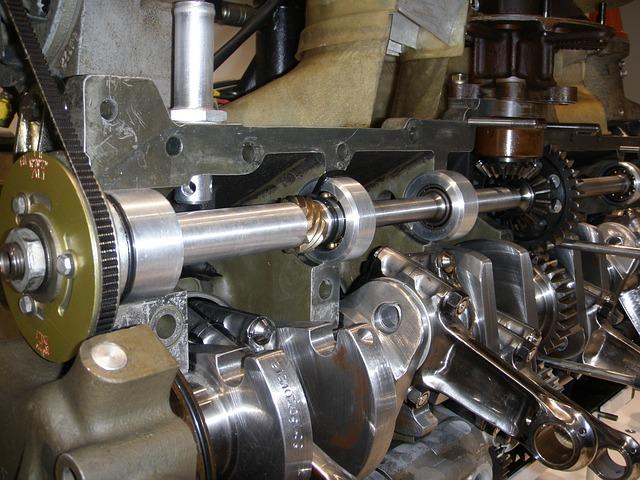 motor strojírenství technologie